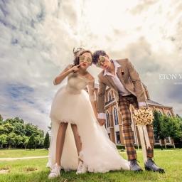 【自助婚紗】一雙小白鞋x球鞋搭配婚紗,穿出女星的隨興婚紗照