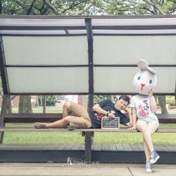 【自助婚紗】婚紗照道具推薦清單—七項兔子頭套婚紗照必備姿勢