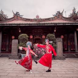 【自助婚紗】誰說中式禮服一定要走復古風,大家一定要知道的中式禮服風格